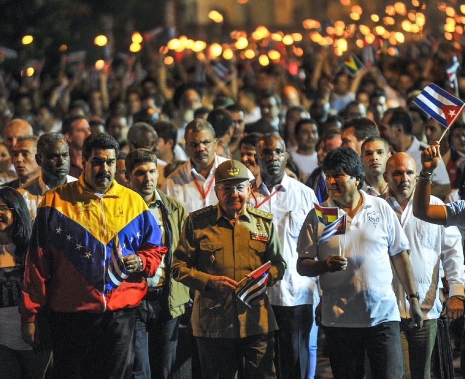 Nicolas Maduro, Raúl Castro y Evo Morales participan en la marcha con la que se recuerda a José Martí en Cuba