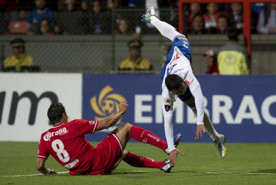 El juego, de vuelta, se celebró en el estadio Nemesio Diez de Toluca. (Foto: AFP)