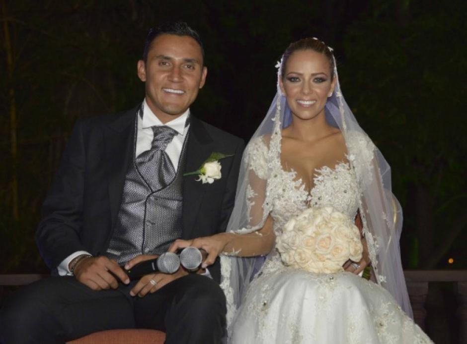 Salas y Navas se casaron recientemente en Costa Rica. (Foto: Nación)