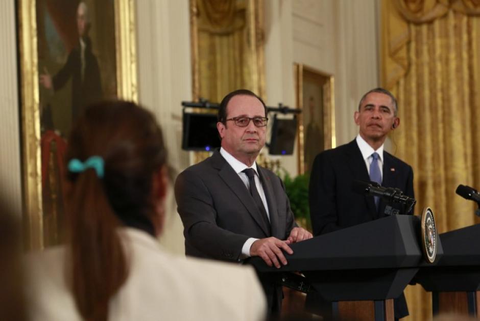 Barack Obama y Francois Hollande brindan una conferencia de prensa, luego de una reunión en la que buscaban coordinar estrategias contra el Estado Islámico. (Foto: AFP)