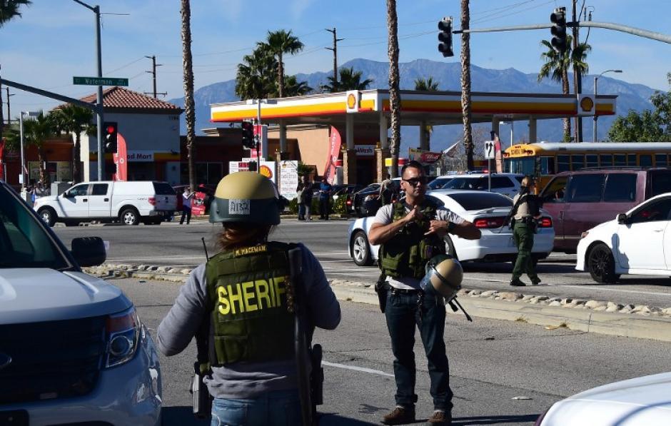 En total fueron 14 las víctimas mortales de un tiroteo ocurrido en un barrio de San Bernardino, California. (Foto: AFP)
