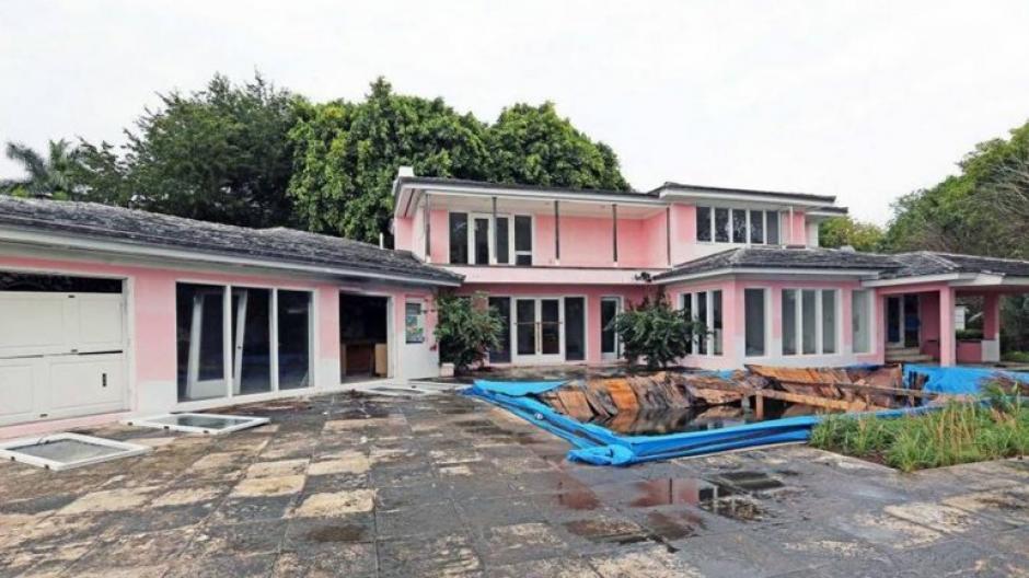 Esta era la casa de Pablo Escobar en Miami antes de ser demolida. (foto: Nuevo Herald)