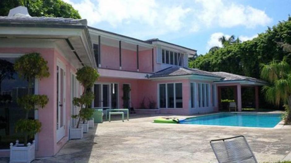 La Casa de Pablo Escobar en Miami está siendo peinada por buscatesoros. (Foto: El Nuevo Heradl)