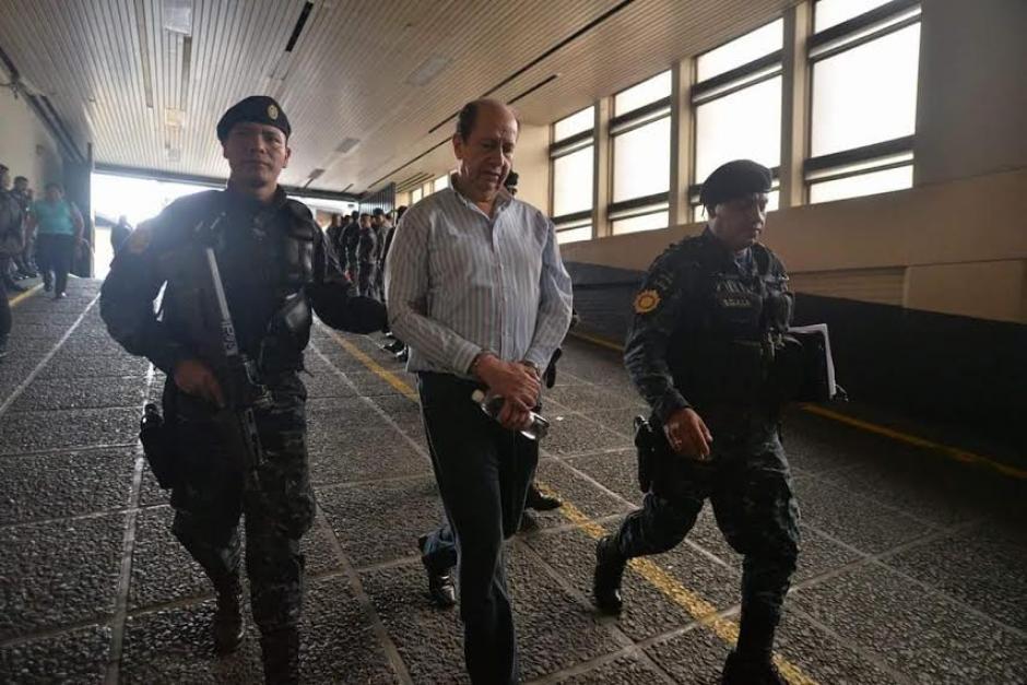 El exdirector del Congreso de la República fue llevado a la Torre de Tribunales, luego de su captura. (Foto: Wilder López/Soy502)