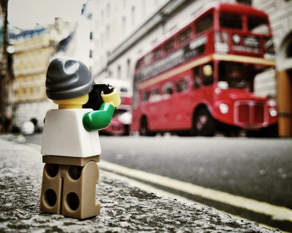 El Legógrafo en las calles de Londres. (Foto: Andrew Whyte)