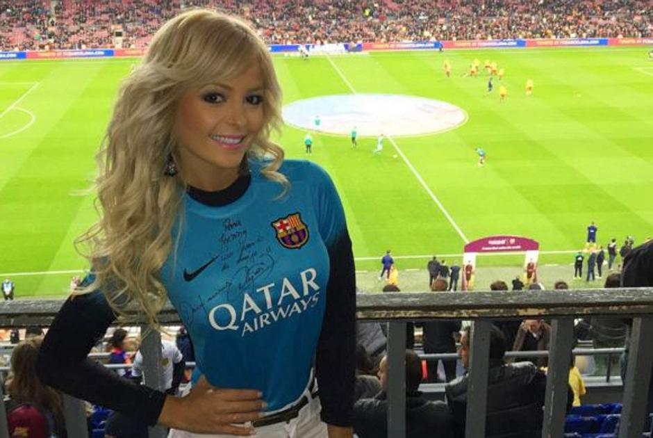 Jhenny Andrade, es fanática del FC Barcelona, algunos afirman que es por culpa de Neymar. (Foto: Jhenny Andrade)