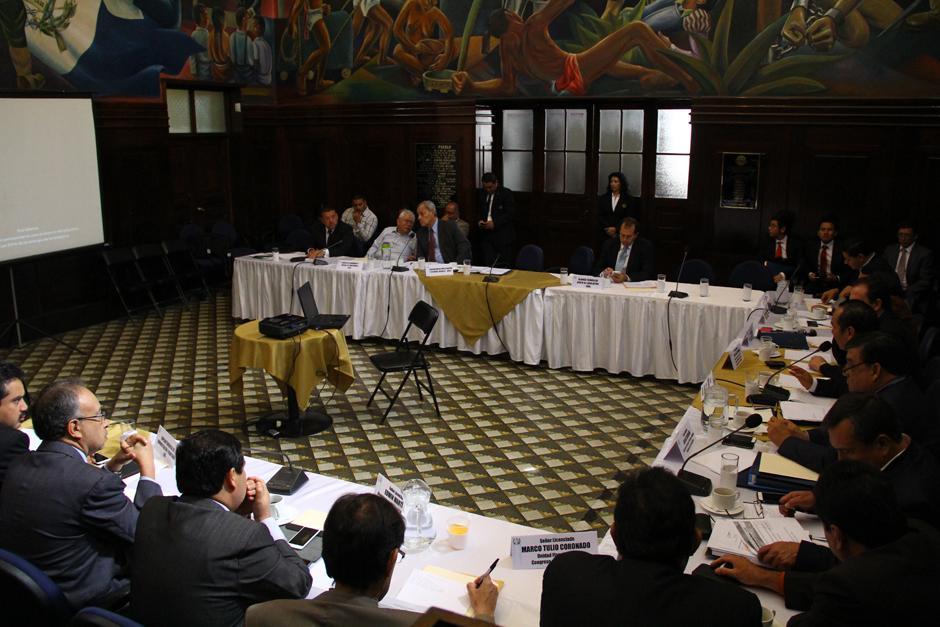 La Propuesta del FCN no convenció a los diputados, principalmente porque no contempla financiamiento. (Foto: Alexis Batres/Soy502)