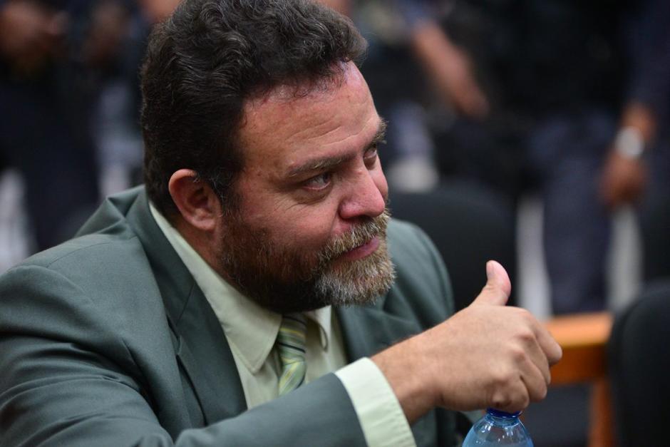 Edgar Camargo, exdirector del Sistema Penitenciario, guarda arresto preventivo por pertenecer a dicha red de corrupción en la institución que dirigía. (Foto: Wilder López/Soy502)