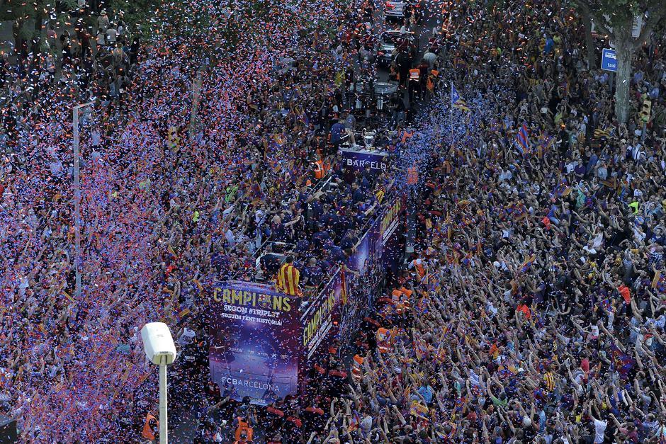Miles de personas han celebrado con el equipo las victorias en la Champions. (Foto: Archivo/Soy502)