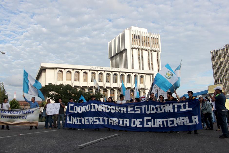 Desde hace tres meses, cada sábado ha sido utilizado para manifestar el rechazo a los gobernantes. (Foto: Alejandro Balam/Soy502)