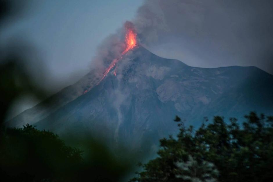 El Insivumeh alertó sobre una fuerte erupción del Volcán de Fuego. (Foto: Twitter/@Deb_Estrella)