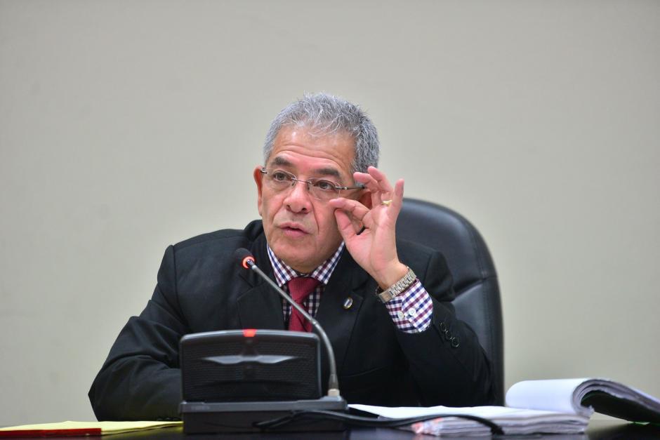 El Juez Miguel Ángel Gálvez, decidió emplazar al MP para que resuelva si los bienes de Lima Oliva pueden ser extinguidos. (Foto: Wilder López/Soy502)