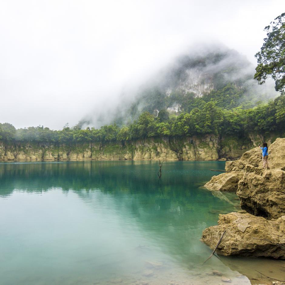 Su pasión es fotografiar paisajes y arquitectura como esta toma de los Cenotes de Ownhajab, cerca de Huehuetenango. (Foto: Fabriccio Díaz)