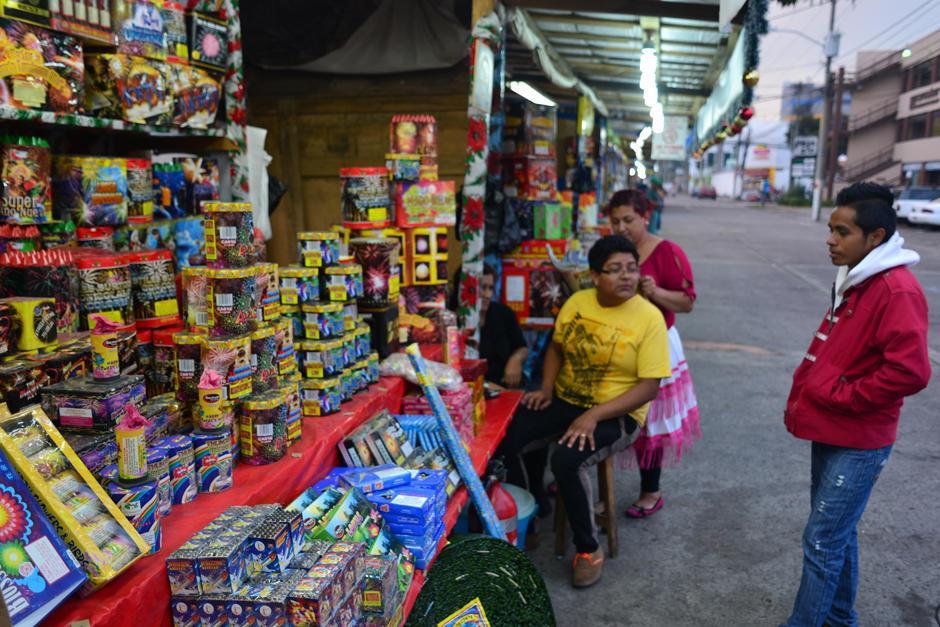 En los puestos no debe haber niños vendiendo estos productos. (Foto: Archivo/Soy502)