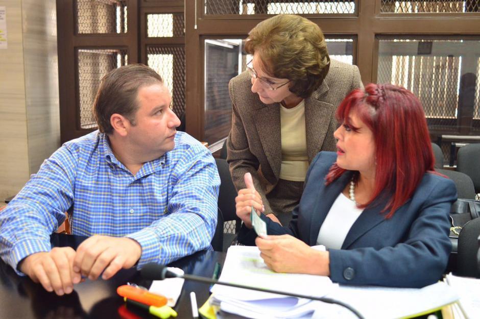 Beatriz Ofelia de León y su hijo Roberto Barreda enfrentarán juicio por el caso Siekavizza. (Foto: Archivo)