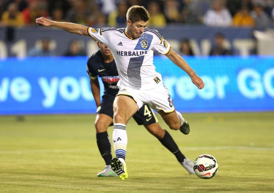 Steven Gerrard anotó su primer gol con el Galaxy de Los Ángeles