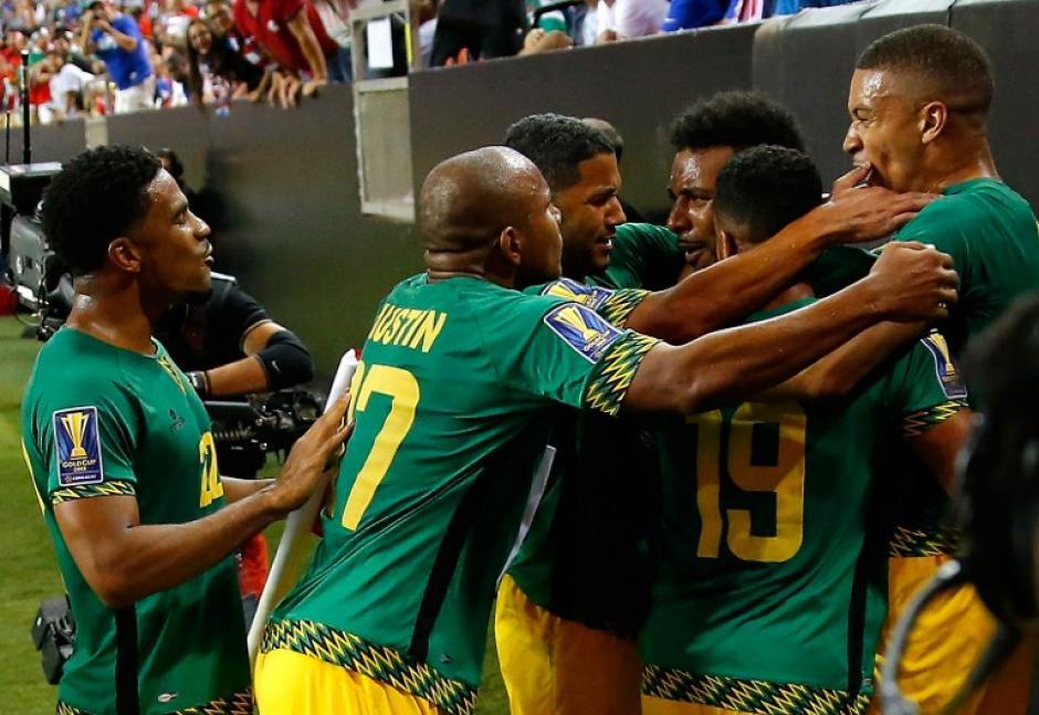 Los jamaiquinos celebraron un histórico pase a la final de la Copa Oro. (Foto: AFP)