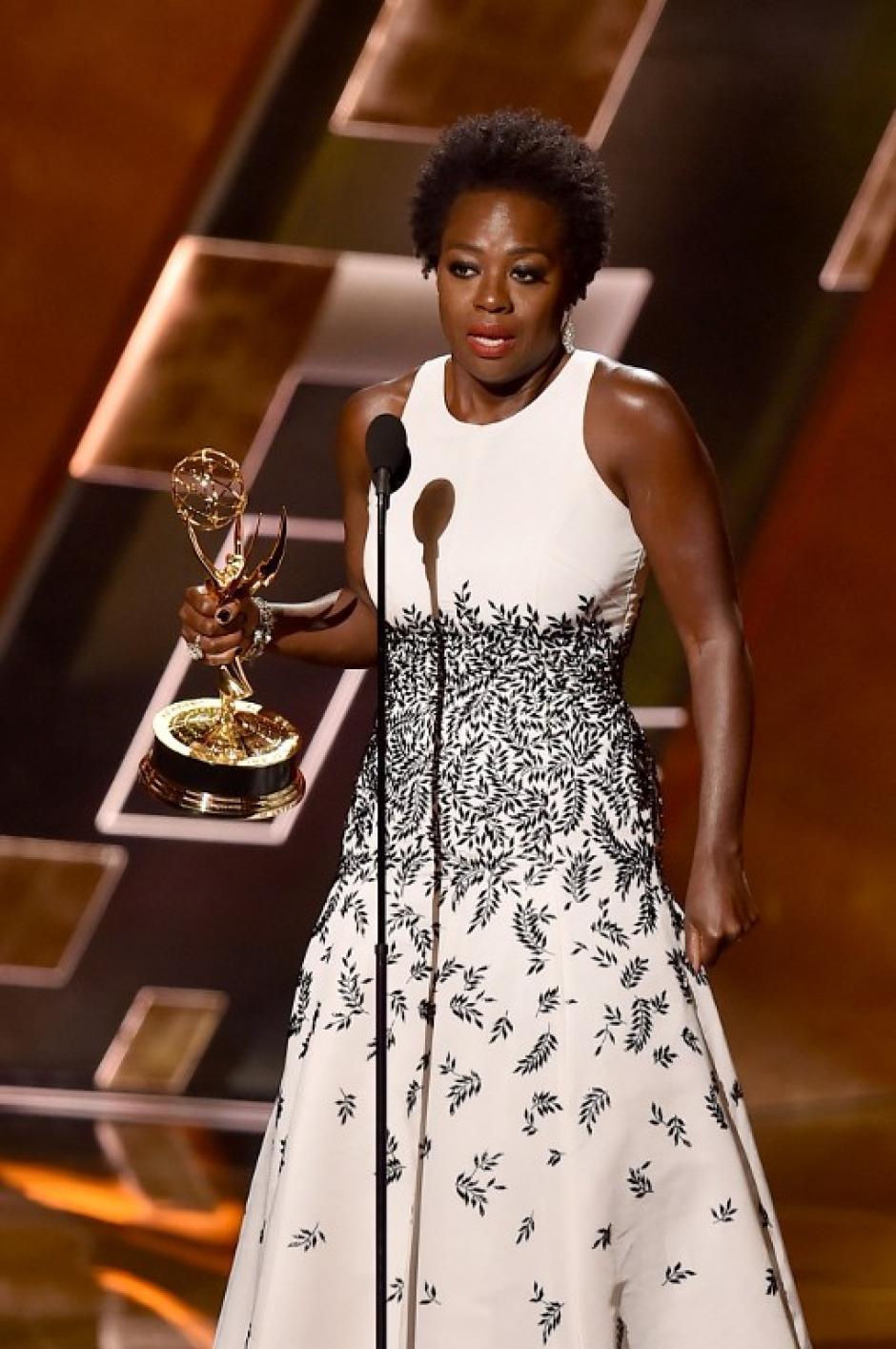 Viola Davis obtuvo el premio a Mejor Actriz Principal de Serie de Drama. (Foto: AFP)