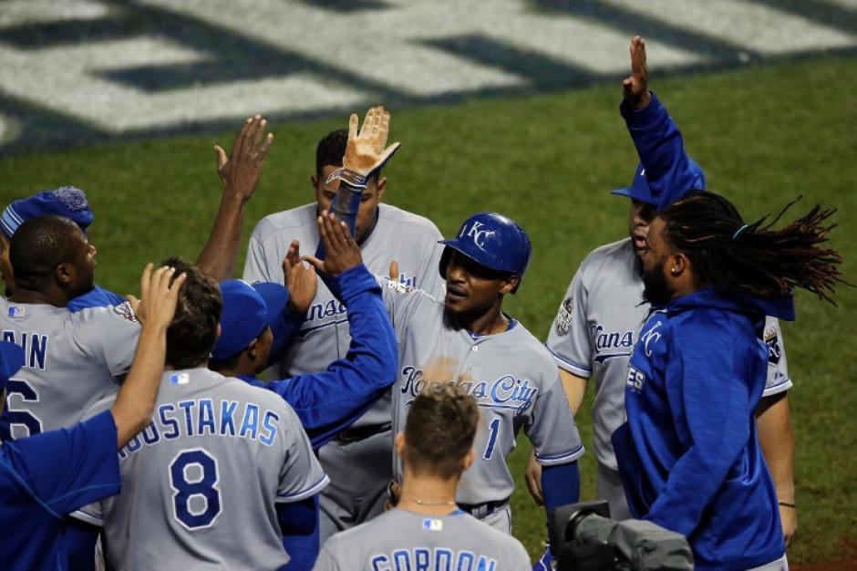 Los Reales de Kansas City se quedaron con el campeonato de la Serie Mundial tras derrotar a los Mets de Nueva York. (Foto: AFP)