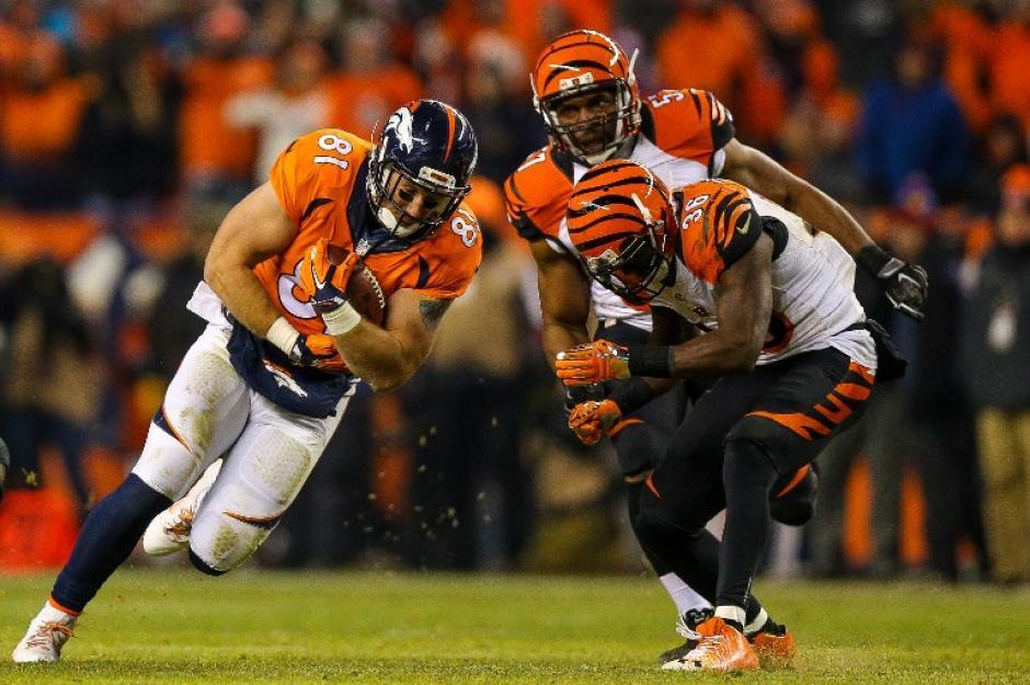 Los Broncos remontaron un duro marcador y llegaron a la final de su conferencia