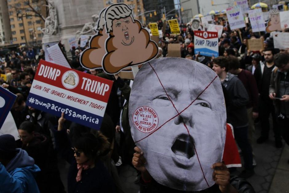 Los manifestantes buscan anular la posibilidad que el candidato republicano llegué a la presidencia. (Foto:AFP//KENA BETANCUR)