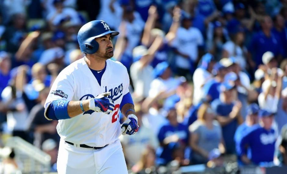 """El mexicano de los Dodgers solo dijo que """"tenía sus razones"""". (Foto: AFP)"""