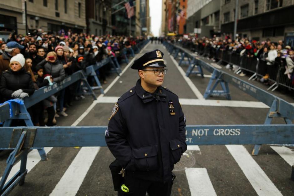 El recorrido tuvo un fuerte dispositivo de seguridad. (Foto: AFP)