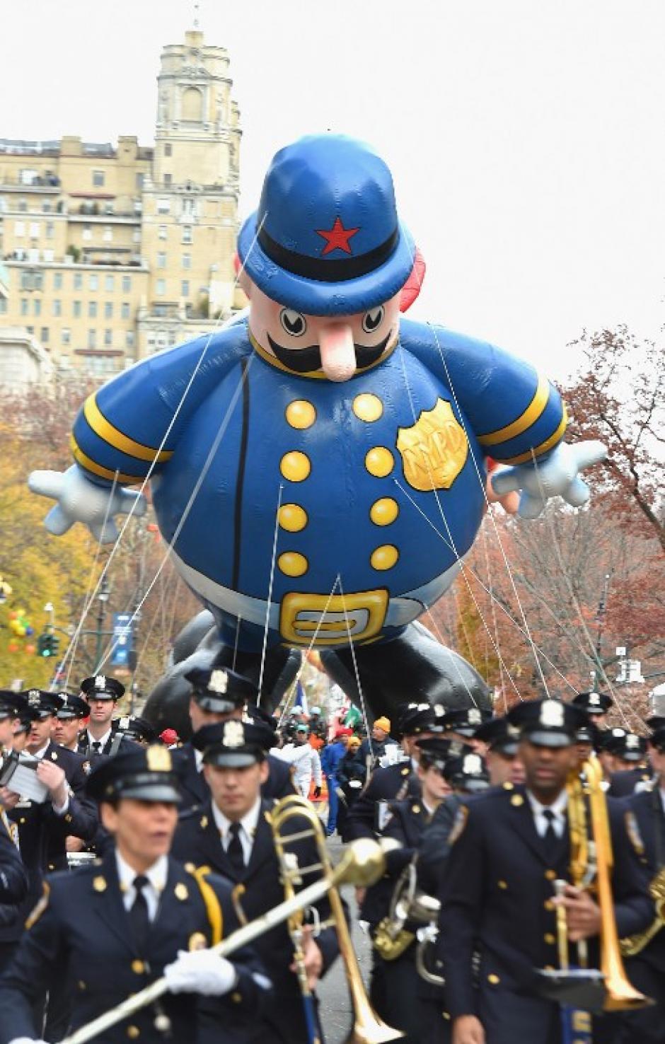 El departamento de Policía de Nueva York también dijo presente en el recorrido. (Foto: AFP)