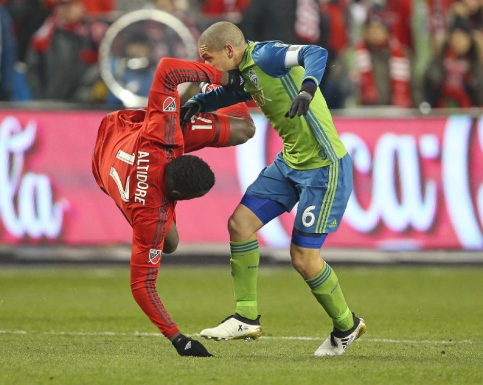 El juego tuvo que irse hasta los penales para definir al campeón. (Foto: AFP)