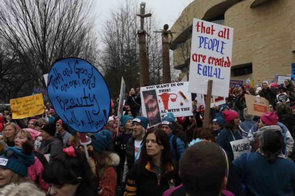 """Se ha denominado a este movimiento """"La Marcha de las mujeres"""". (Foto: AFP)"""