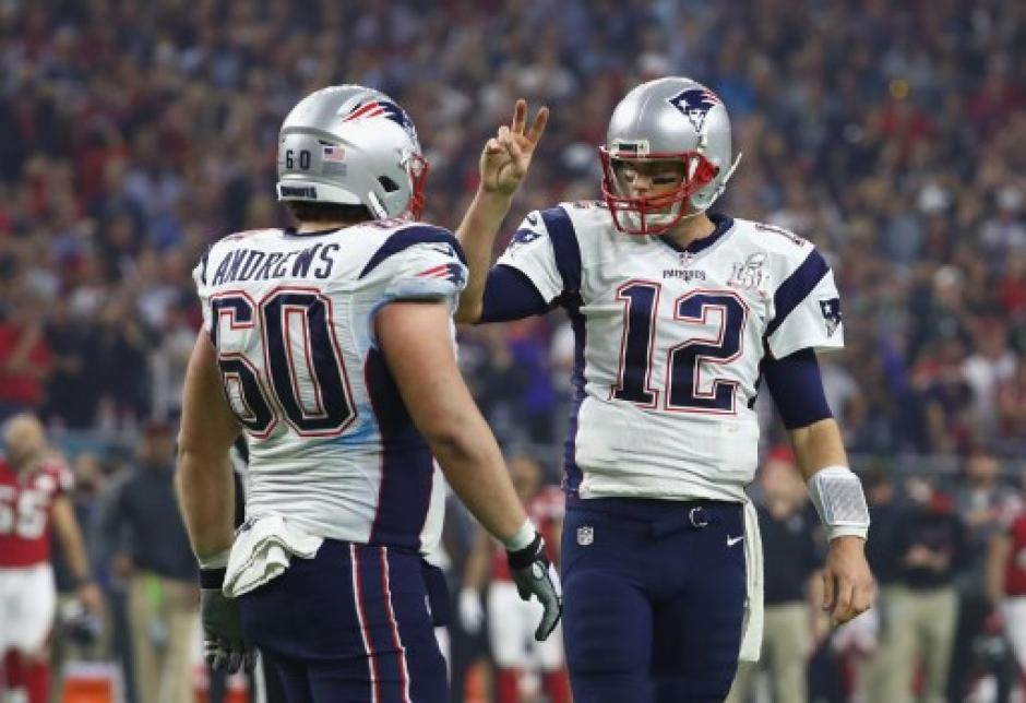 Tom Brady dirigió la remontada de los Patriotas. (Foto: AFP)