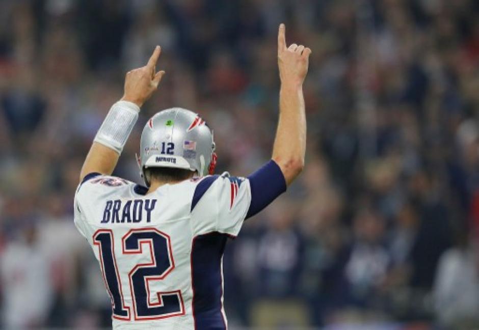 Tom Brady ganó su quinto anillo en la NFL. (Foto: AFP)