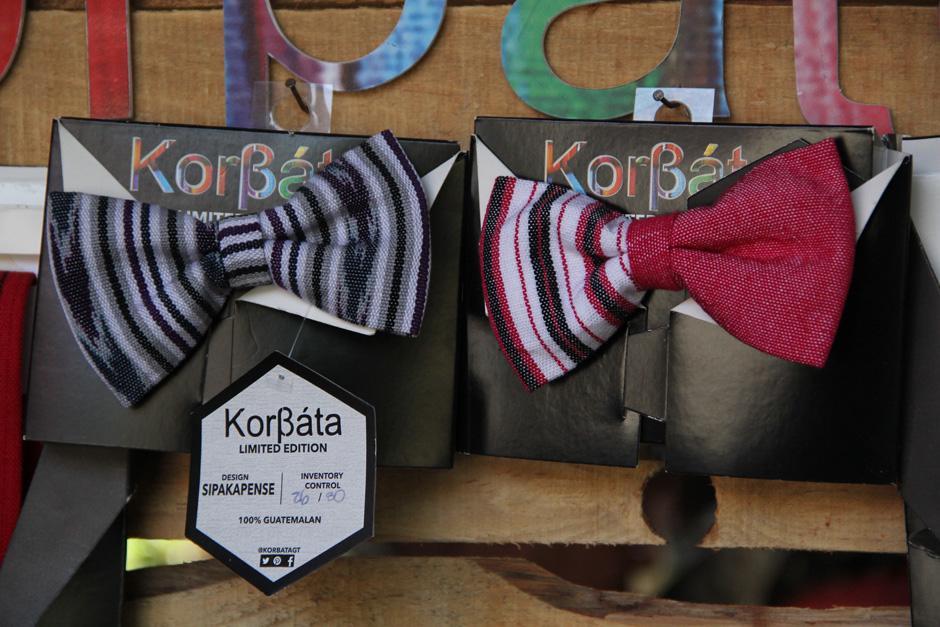 Los productos de la marca KorBata son los mas demandados por los jóvenes(Foto: Alexis Batres/Soy502)