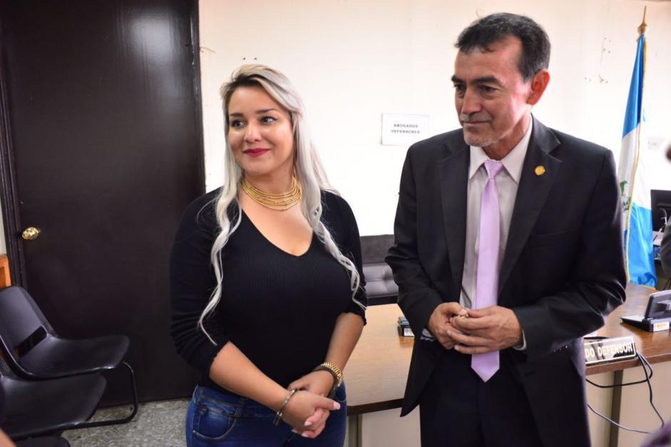 Cynthia Cardona fue trasladada a Tribunales donde en audiencia pública, aceptó ser extraditada a Estados Unidos. (Foto: Jesús Alfonso/Soy502)