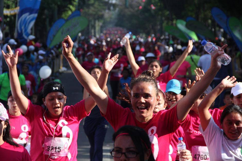 Los participantes de la carrera participaron en las categorías de 5 y 10 kilómetros (Foto: Alexis Batres/Soy502)