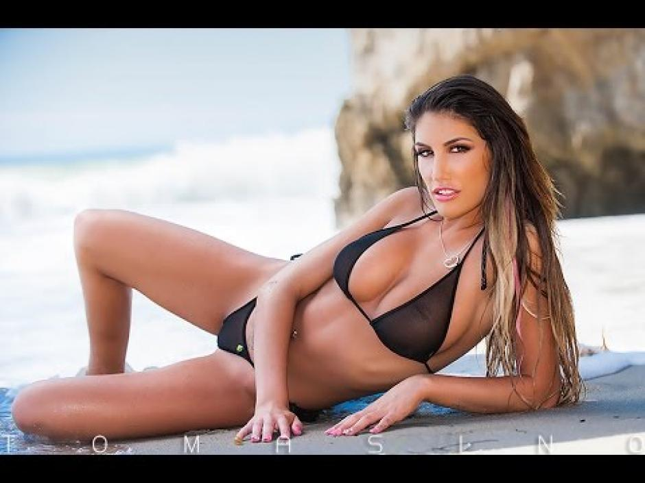 August ames solo