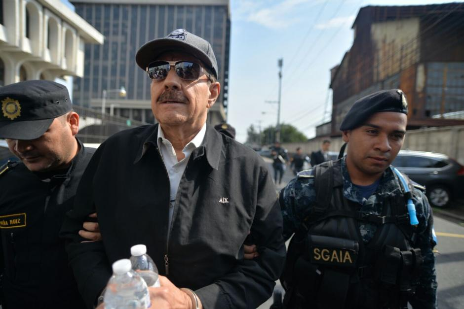 Julio Barrios fue detenido en Santa Catarina Pinula en el interior de un condominio.  (Foto: Wilder López/Soy502)