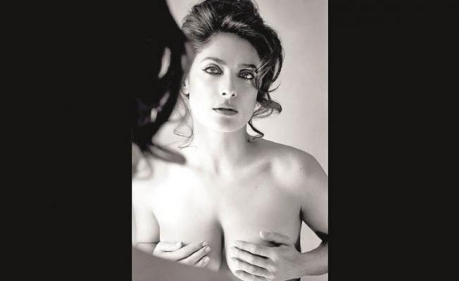 La actriz mexicana deslumbra con esta nueva aparición para la revistaAllure, de la cual será la portada en agosto.