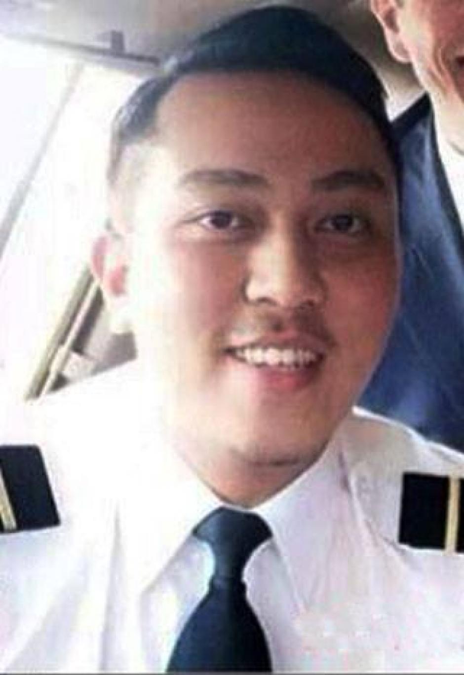 Fariq Ab Hamid era el copiloto del vuelo. Tenía 27 años y aunque al principio se le atribuyeron algunos actos irregulares dentro de los vuelos que realizaba, su familia afirmó que siempre fue una persona seria y responsable de su trabajo. (Foto: Fariq Ab Hamid/Facebook)
