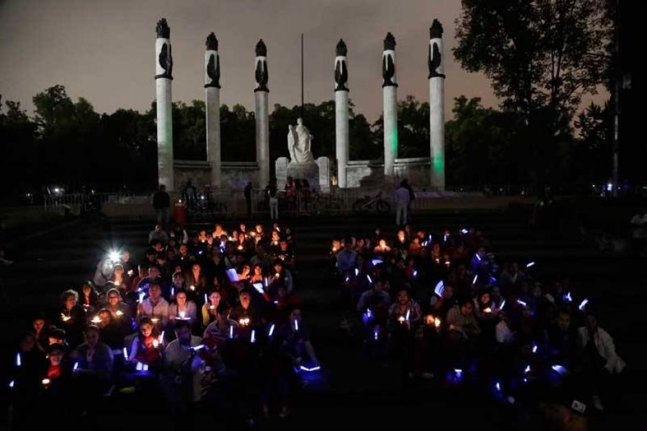 En el Altar a la Patria, Ciudad de México. (Foto: Hora del Planeta/México)