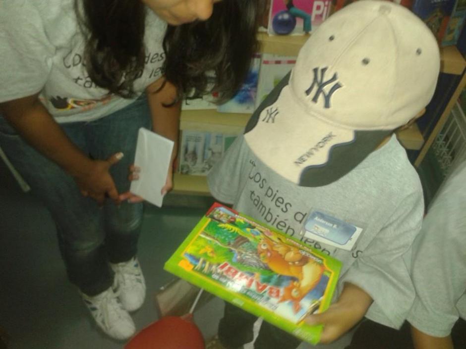 Los niños asistirán al cine, al teatro y a la Feria del Libro. (Foto: Facebook/Biblioteca Bernardo Lemus Mendoza)