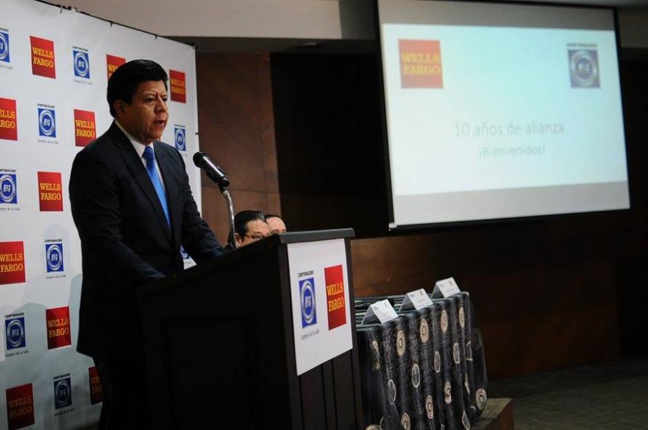 Luis Prado, gerente de la División Internacional de Banco Industrial, detalló la importancia de las remesas familiares para la economía del país.  (Foto: Alejandro Balán/Soy502)