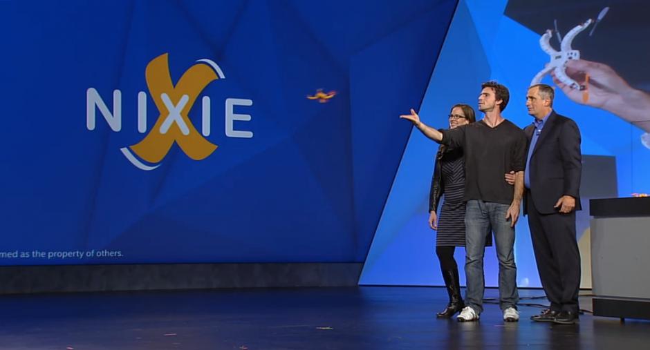 Los desarrolladores de Nixie ganaron el concurso organizado por Intel. (Foto: facebook/flynixie)