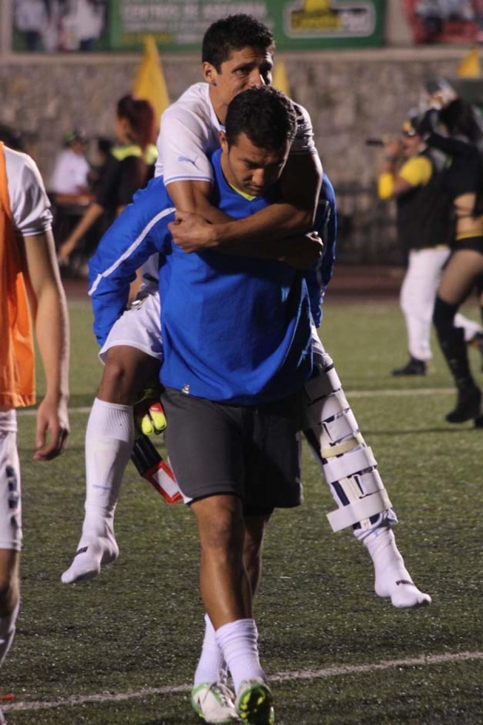 Comunicaciones tuvo que sobreponerse a las lesiones de jugadores importantes en el primer tiempo, pero eso no impidió que remontara y empatara el tiempo regular. (Foto: José Dávila/Soy502)