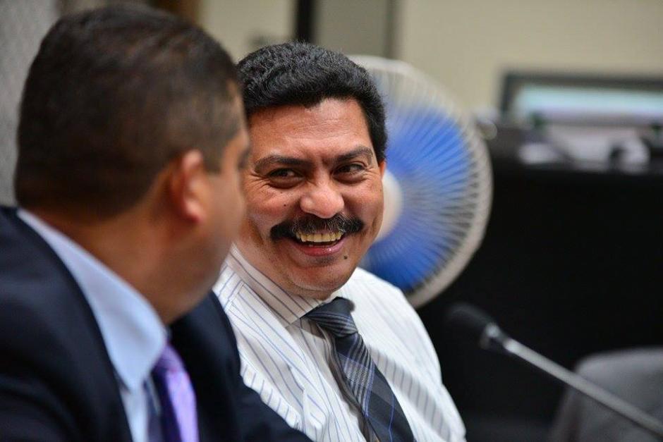 El abogado Francisco García Gudiel, quien además defiende al ex mandatario Otto Pérez Molina, fue presentado como defensor de Juan Carlos Monzón.(Foto: Soy502/Wilder López)