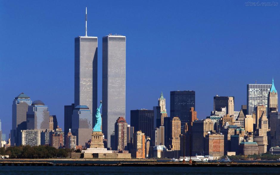 Así lucía el World Trade Center, conocido como las Torres Gemelas previo al ataque. (Foto: es.fanpop.com)