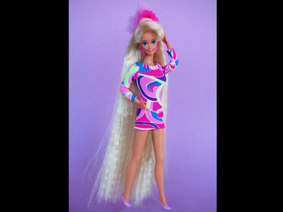 La muñeca Barbie más vendida fue la Totally Hair Barbie de 1992, que tenía un largo cabello que le llegaba hasta la punta de los pies. (Foto: RPP)