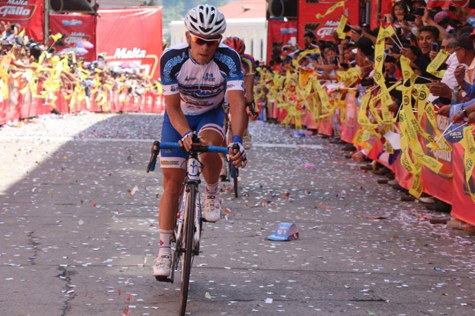 Manuel Rodas fue el mejor guatemalteco de la Vuelta Ciclística, quedó en tercer lugar de la clasificación general. (Foto: Federación Guatemalteca de Ciclismo)