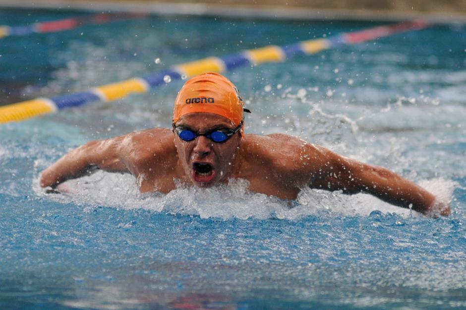 Estilo mariposa es una de las especialidades del nadador guatemalteco. (Foto: Archivo)