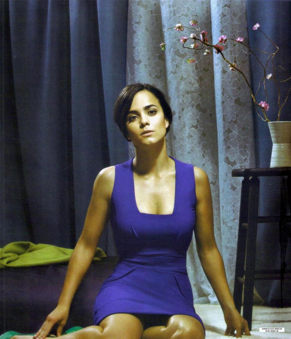 La actríz brasileña será La Reina del Sur versión en inglés.(Foto: Listal)